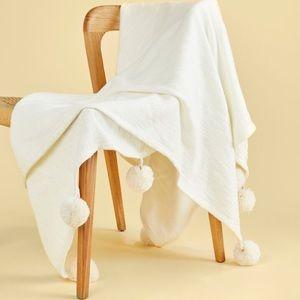 🎉Host Pick🎉Tribe Alive Moroccan PomThrow Blanket
